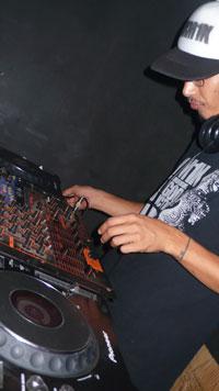 MIT-DJ.jpg